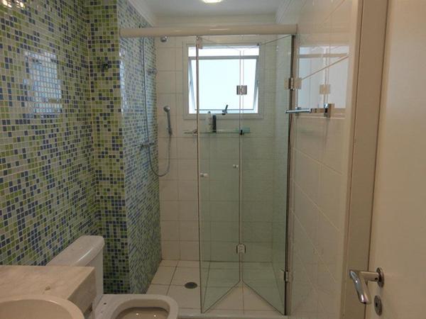 Box de Vidro Jateado para Banheiro e Box de Vidro Temperado  Glass Company -> Banheiro Pequeno Com Porta Sanfonada